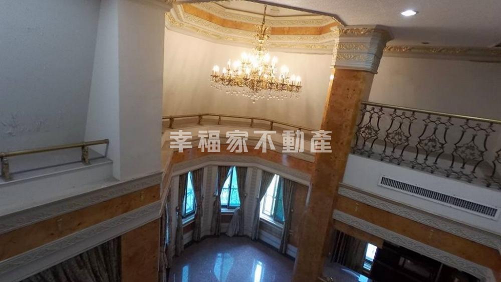 玫瑰城堡歐式店面豪宅